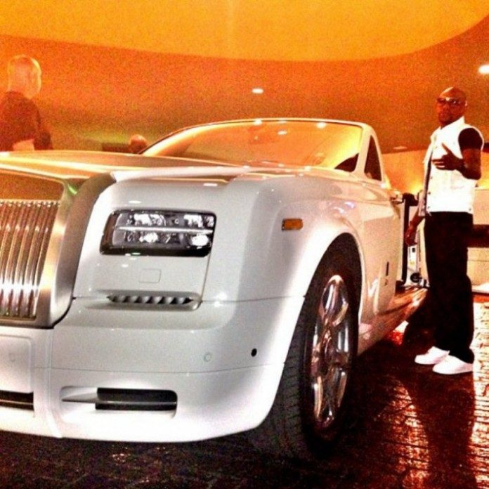 rolls-royce-phantom-limousine