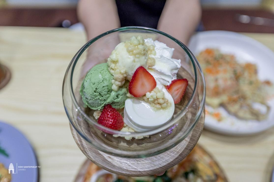 On the Table Tokyo Café Cambodia