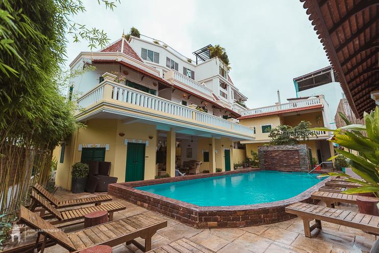 Villa Wat Damnak Hotel