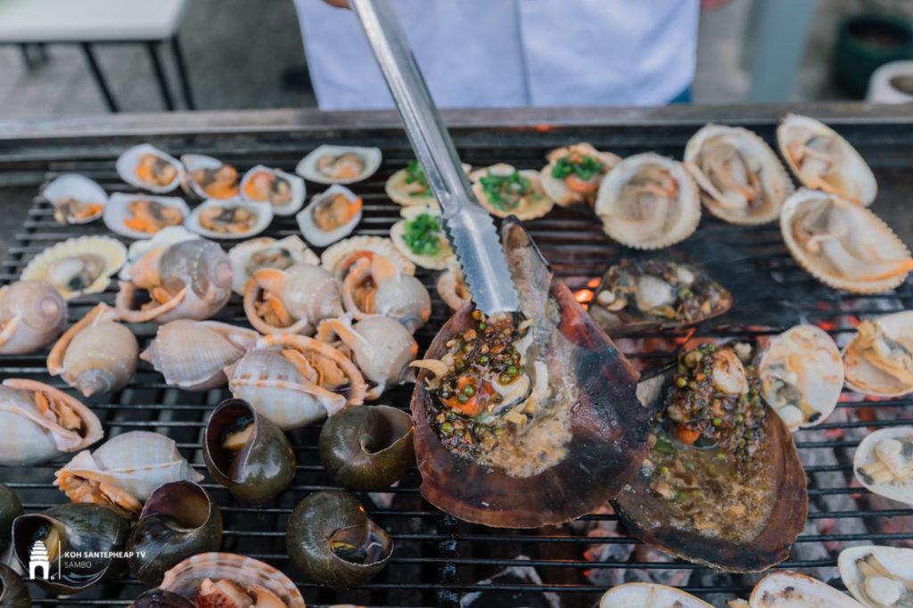ហាង Saigon Seafood Restaurant