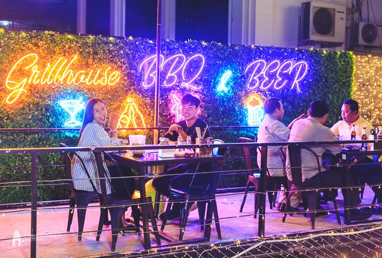 ហាង GrillHouse BBQ & Beer