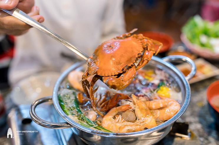 ហាង ប៊ូហ្វេហ្វឹស ថាម - FIRST TIME Buffet BBQ & Soup