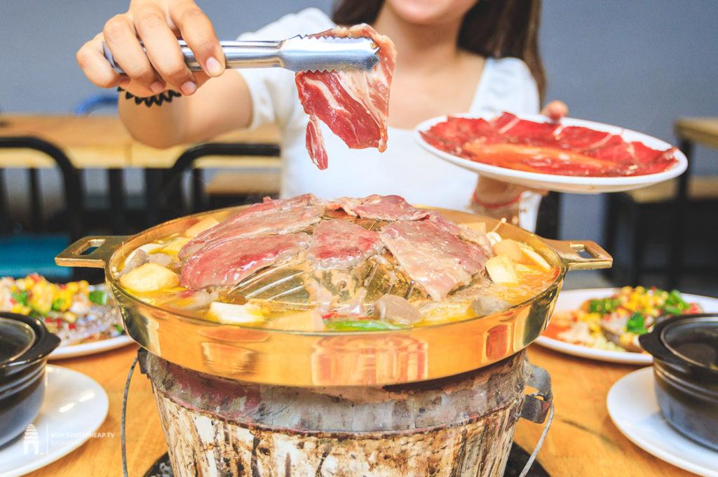 ហាង កៈថៈ សន្ធរម៉ុក BBQ-Soup-Seafood