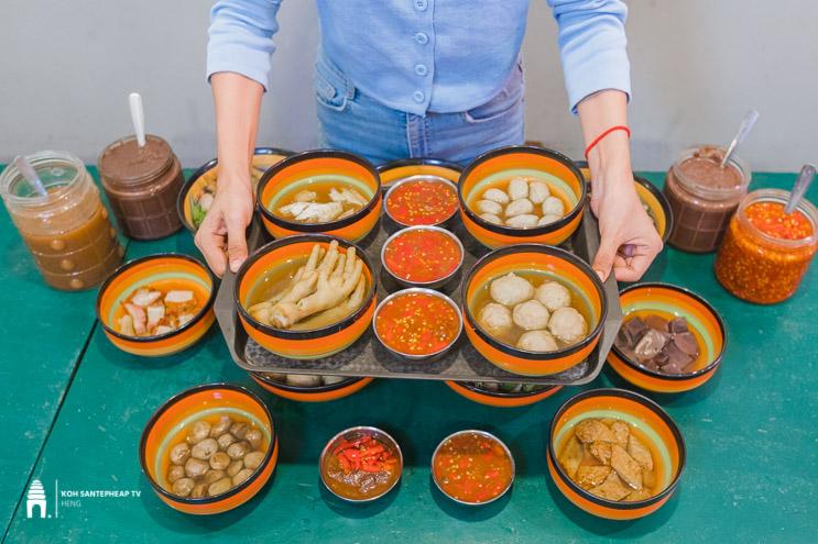 នំបញ្ចុកដុះផ្សិត - Khmer Fungus Noodle